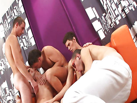 male gay art groupe