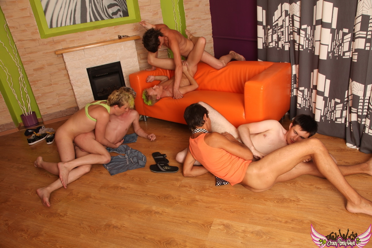 gay beur sex la masturbation en groupe