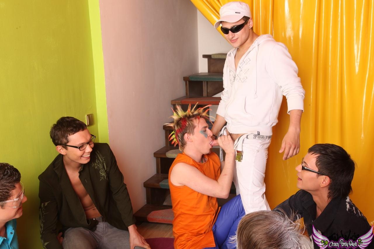 gay toons havin group sex 003 gay butt fucking
